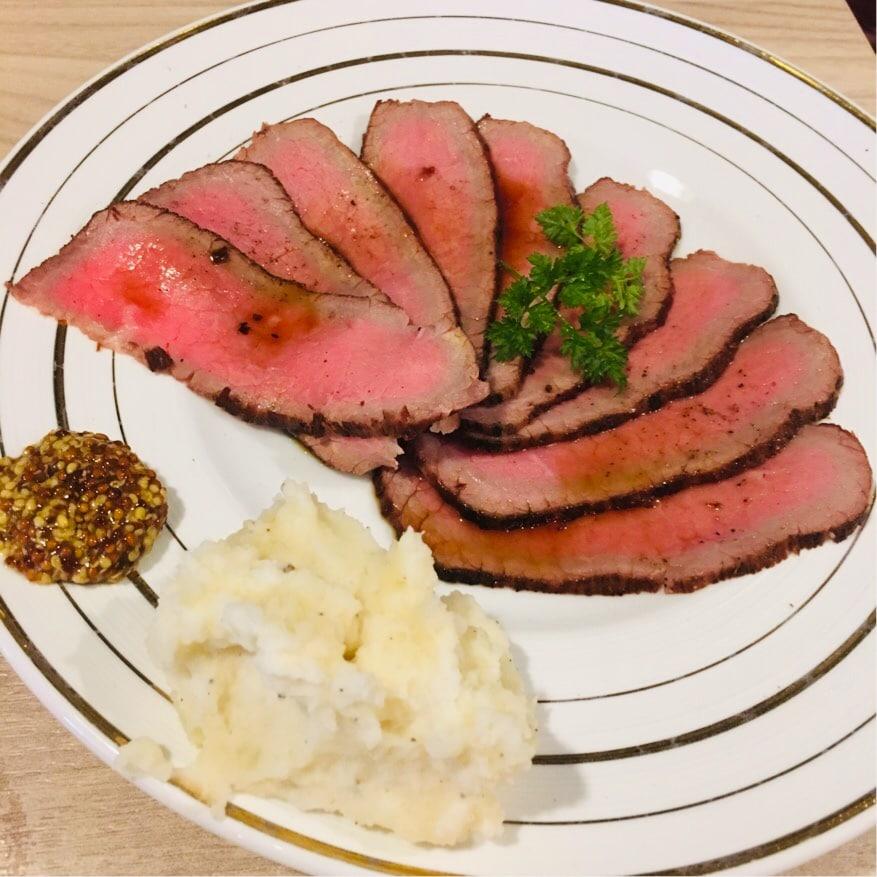 NOR白金高輪のローストビーフは絶品!肉好きが集まる肉ビストロ